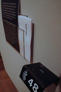 Exponat-Text in Audio, Braille und Großschrift